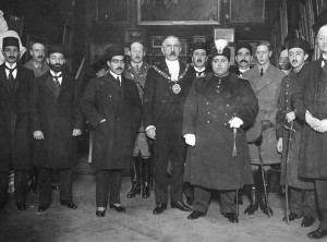 Ahmad Shah Qajar and British Foreign Secretary Lord Curzon, 1919.